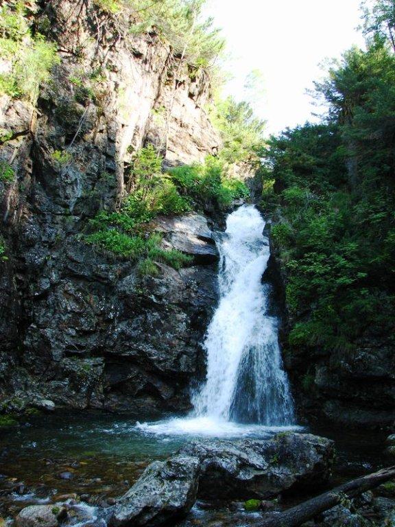 Экскурсии к водопадам на Байкале