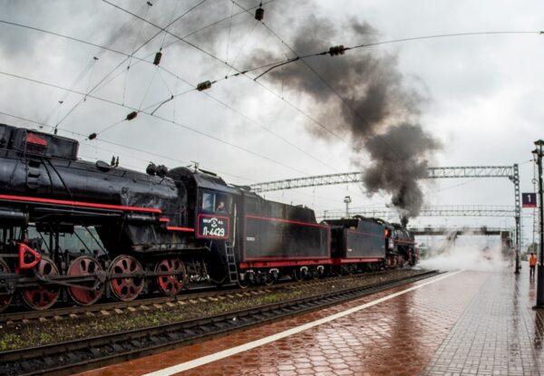 Слюдянский вокзал на Байкале